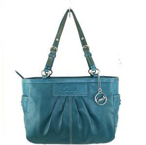 Coach Leather Shoulder Bag Excellent Condition!